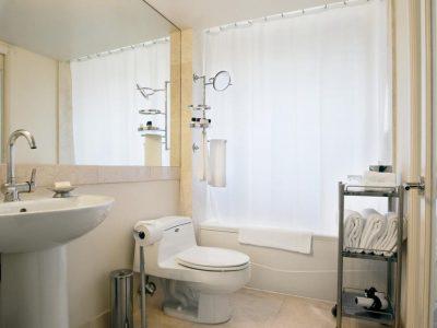 bathroom GV