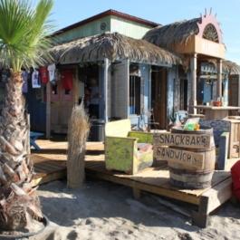 mango-s-beachbar-plage-de-la-roquille-le-cap-d-agde-1842