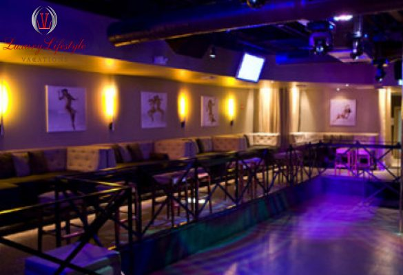 Miami – Trapeze Night Club